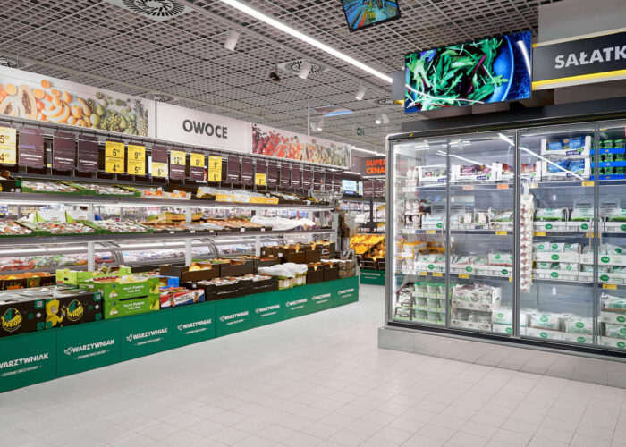 Zdjęcie wnętrza sklepu spożywczego