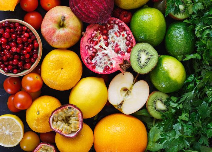 Zdjęcie kolorowych owoców