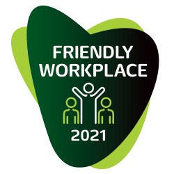 Logotyp Friendly Workplace na zielonym tle